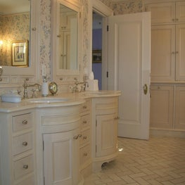 Master Bath with curved vanity
