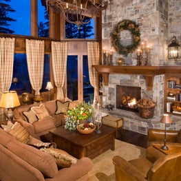 Traditional Mountain home in Mammoth, Great Room