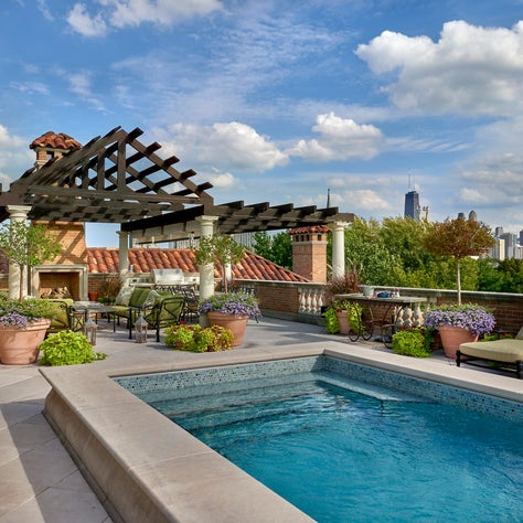 Private Rooftop Pool and Pergola
