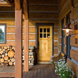Mountain West Retreat: Entry Porch