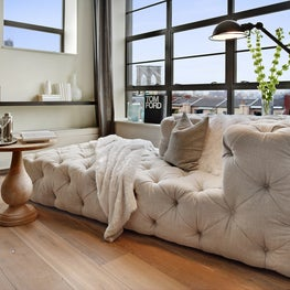 Brooklyn Height Residence, Living