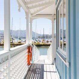 Sausalito Houseboat - Walkway
