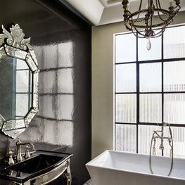 Old Hollywood Penthhouse - Bathroom