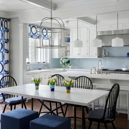 A family friendly kitchen designed to last.