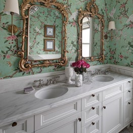 Chicago eclectic Victorian, Girls Bathroom with Chinoiserie wallpaper