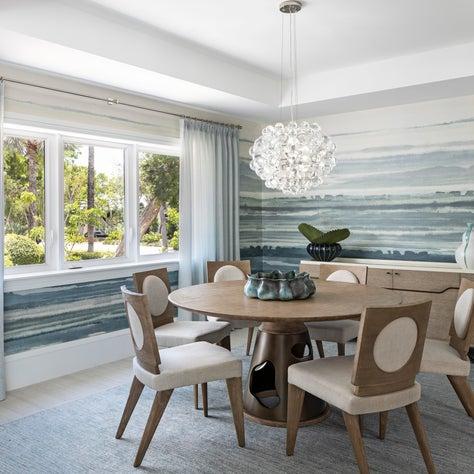 Fresh coastal style dining room in Key Largo, Florida.