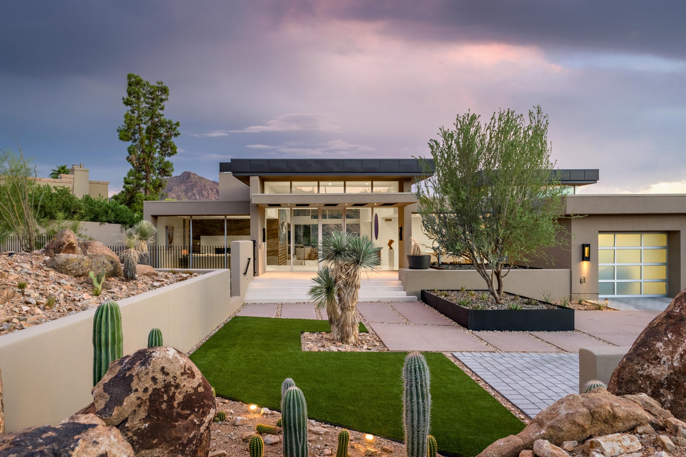Desert Contemporary with Mountain and Desert Views