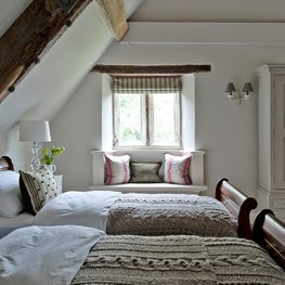 Dorset Manor House Guest Bedroom