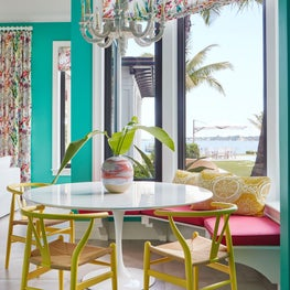 Bright and cheerful breakfast nook
