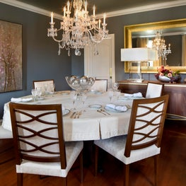 Dining Room combining Traditional and Contemporary