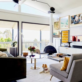 Mid Century Hilltop / A home is returned to its mid- century roots, incorporating today's modern materials. Bold design choices abound in this Cali-casual entertainer's dream space, striking balance between form and function.