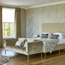 Woodland Manor, Master Bedroom
