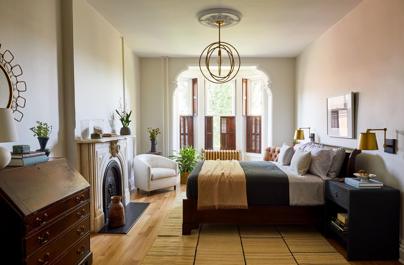 Hudson Street Brownstone I Bedroom   Marble Fireplace   Vintage Mix