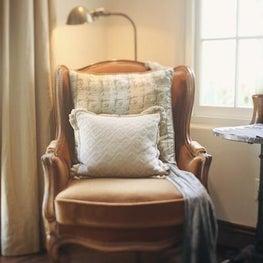 AYI STYLE legant velvet reading chair