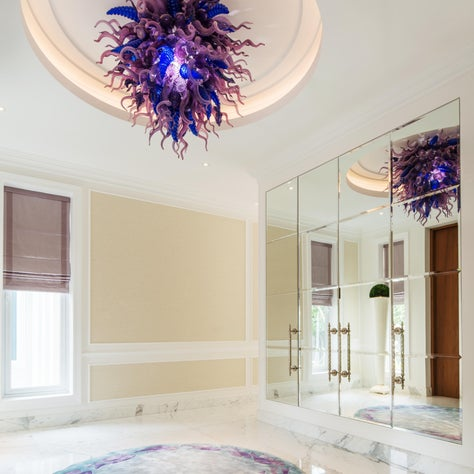 Deco Mansion, entry foyer