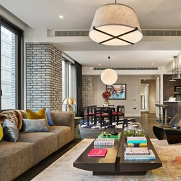 A Global Traveller's open plan living, dining and kitchen