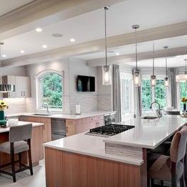 Suburban Open Chef's Kitchen and Breakfast Alcove