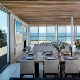 Seaside Residence Dining
