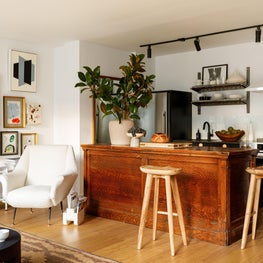 Mies : Open Kitchen, Vintage Island, Wood Counter Stools, Open Shelves, Kitchen Cabinets, Art, Mid Century Chair