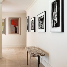The ocean reef art gallery includes original art works and photography.