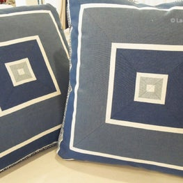 Outdoor pillows for your yacht with perfectly mitered stripes!