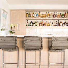 Hermosa Beach Strand House Bar