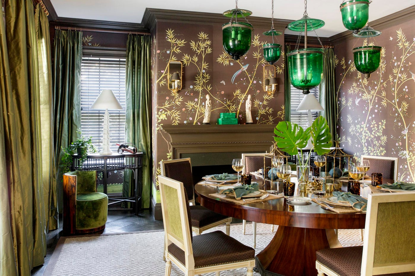 Chinoiserie Dining Room with Macassar Ebony Table and Empoli Glass Lights