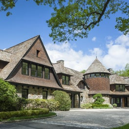New England Shingle Style Residence in New Canaan, CT