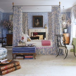 A bedroom inspired by Pauline de Rothschild