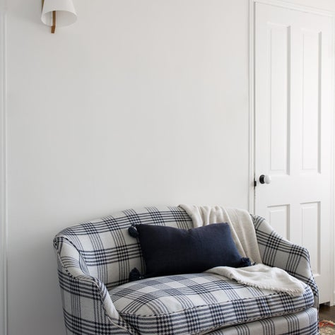 Canyon House Master Seating, Plaid Settee
