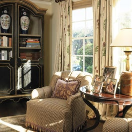 Pacific Heights Residence Living room bay window seating
