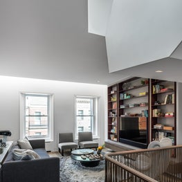 Upper East Side Townhouse, Library