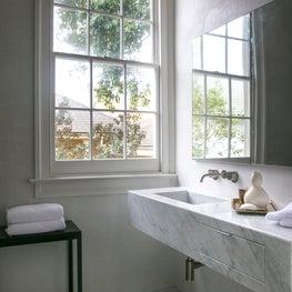 French Quarter / Bathroom