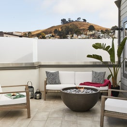 San Francisco Condo/Rooftop Lounge