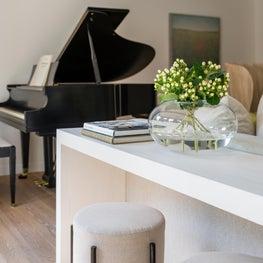 Weston Tranquil Living Room Details
