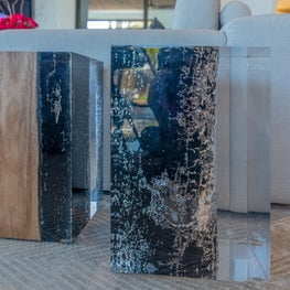 Contemporary Oceanfront Miami Home : Acrylic and Wood Table