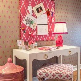 Bedroom Detail: Desk Area