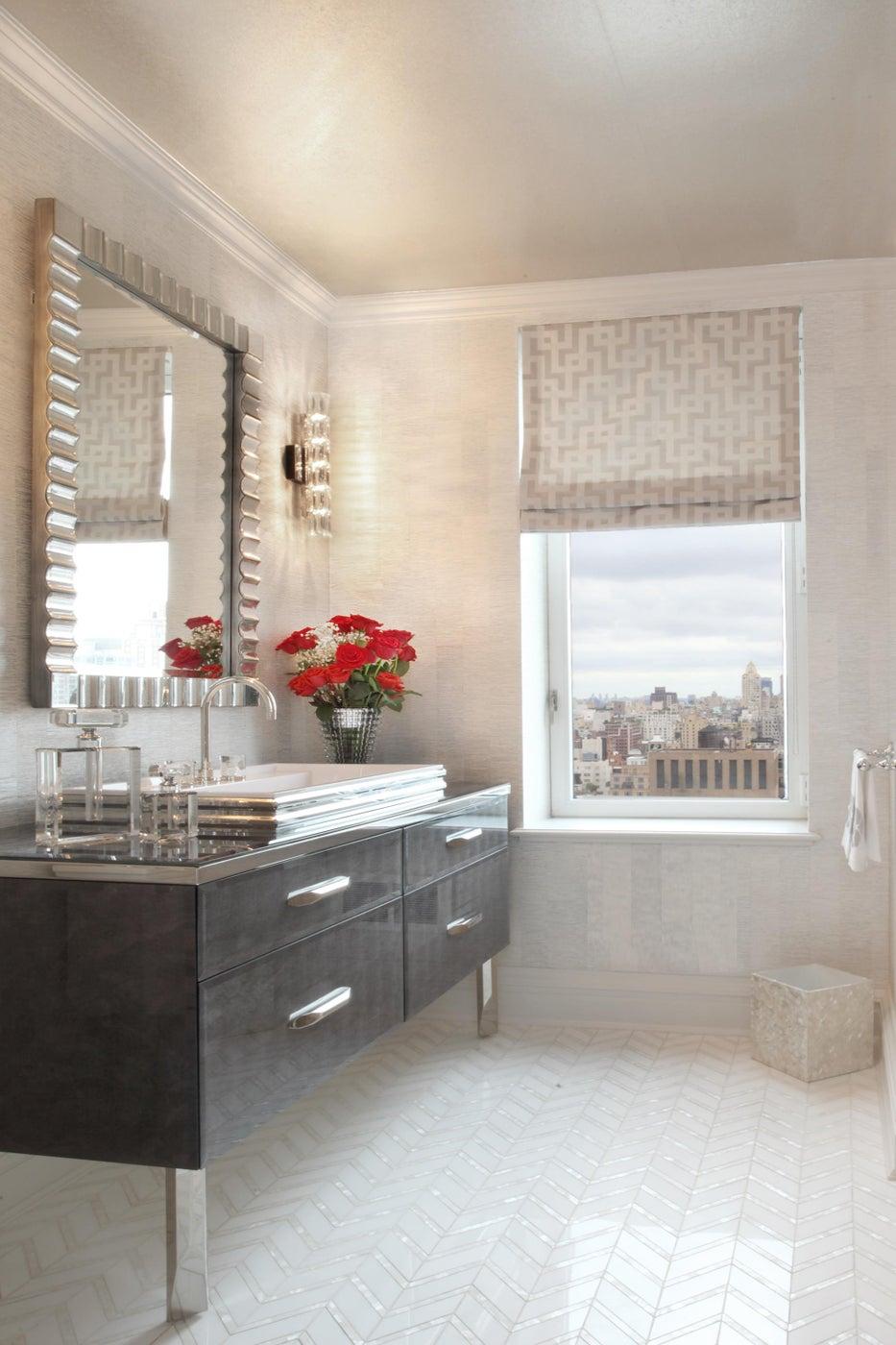 Powder Room with Nella Vetrina Vanity