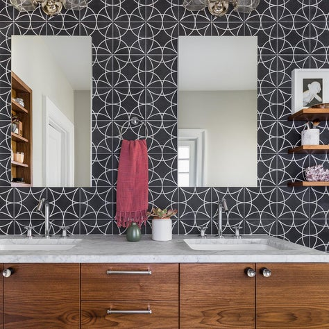Leschi Four Square Bathroom