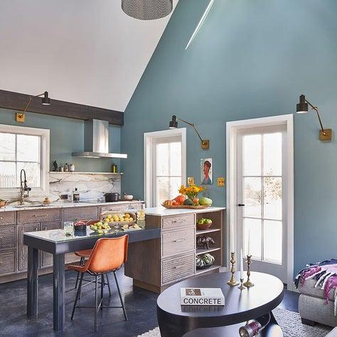 Guest House Custom Kitchen