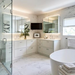 Wilmette Modern Home, Modern Master Bathroom Design