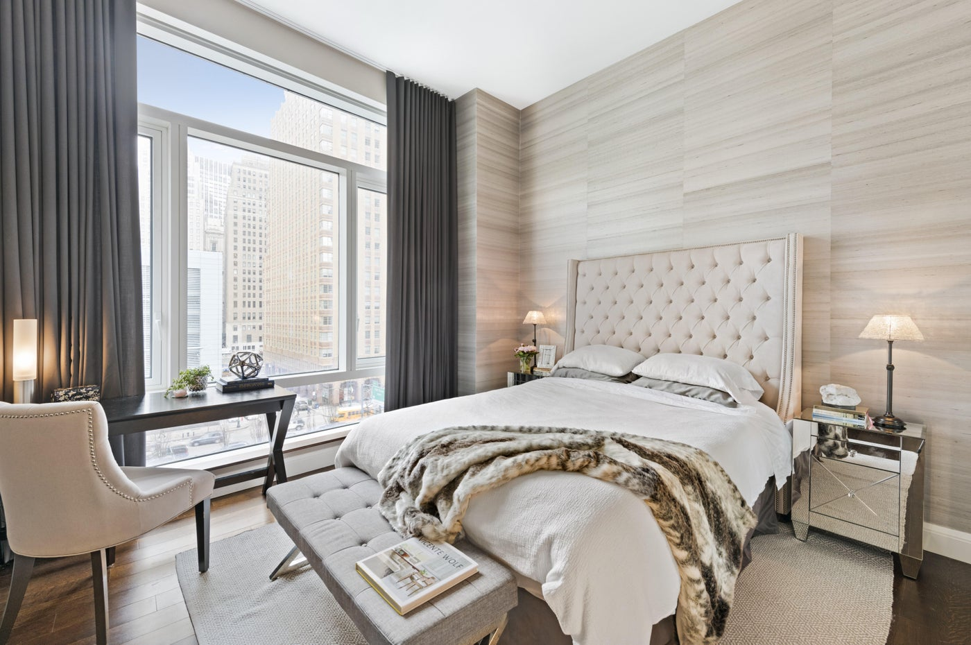 Battery Park City Residence, Master Bedroom