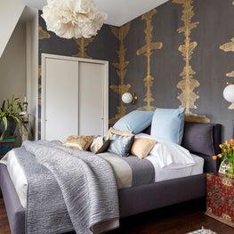 Travel-Inspired Bedroom