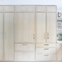 East Hampton Kitchen with Custom Cerused Oak Cabinetry