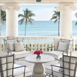 A second story ocean loggia