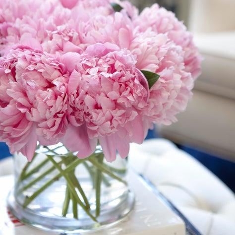 Pelican Point Residence Flower arrangements-Living/Dining room