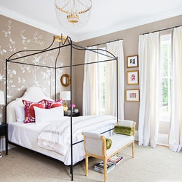 New Orleans Bedroom, Degournay Chinoiserie Wallpaper, Leontine Linens, Iron Bed