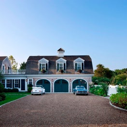 Rural Vineyard Carriage House | Edgartown, Martha's Vineyard