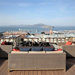 Russian Hill | Rooftop Patio