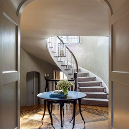 Scarsdale New York Residence, Foyer